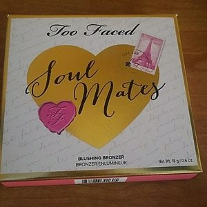 Too faced soul mates Ross and Rachel bronzer/blush